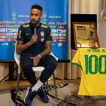La camiseta '100' de neymar